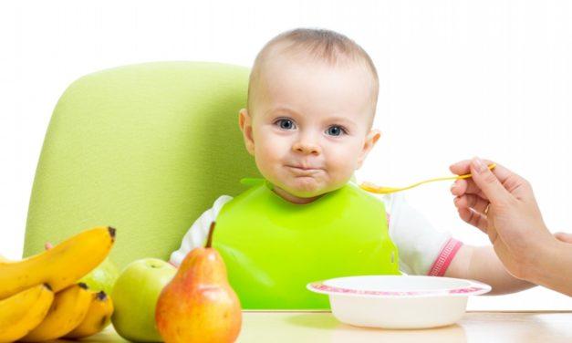 Застольные секреты: как накормить малыша?
